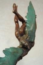 Icaro - Scultura in bronzo realizzata dal maestro Alessandro Romano
